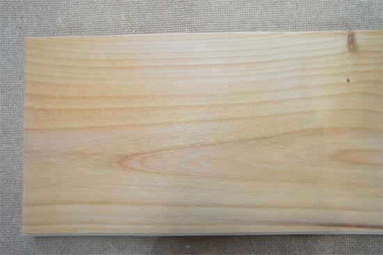 岡崎市の木造住宅:無垢材 アルダー