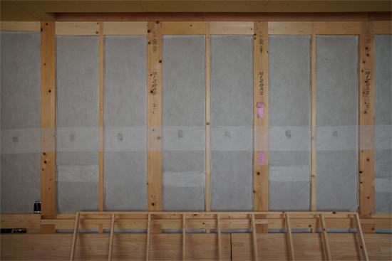 岡崎市|木造住宅|セルロースファイバーの断熱材