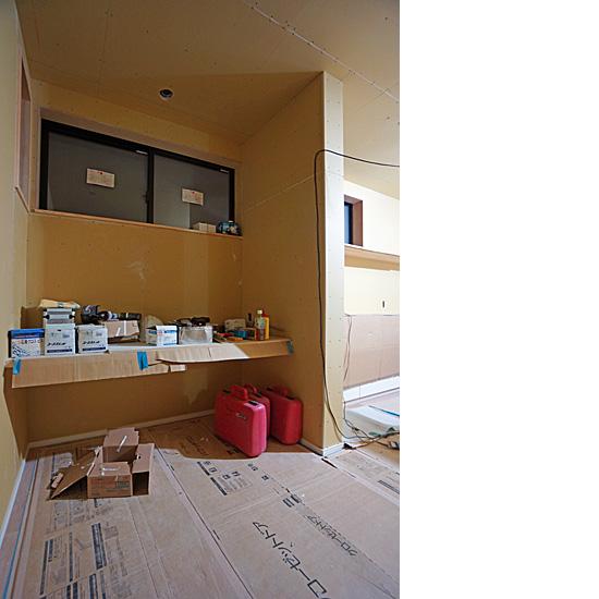 工事中の書斎コーナー