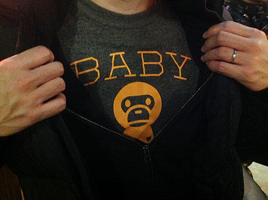 apeのTシャツ