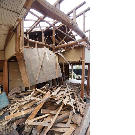 岡崎市で解体中の木造住宅