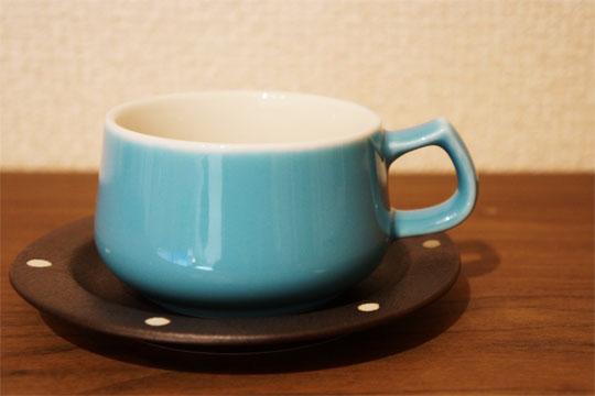 水色のコーヒーカップ