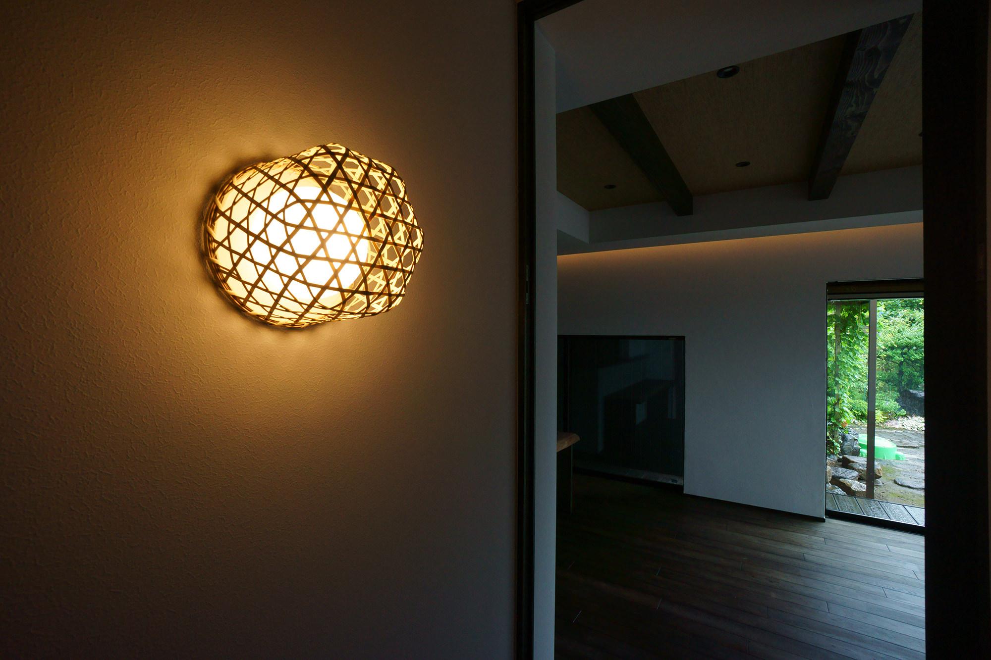 岡崎市の設計事務所の画像 和モダンの玄関照明の画像