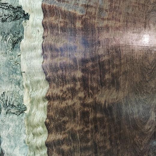 ブビンガ材の木目画像