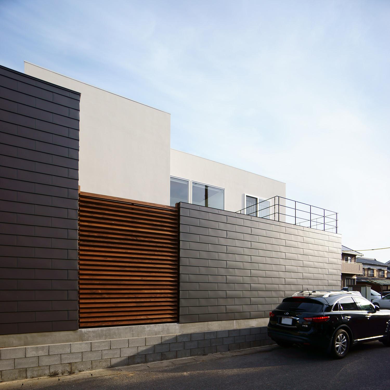 岡崎市 一文字葺の外壁 外観写真