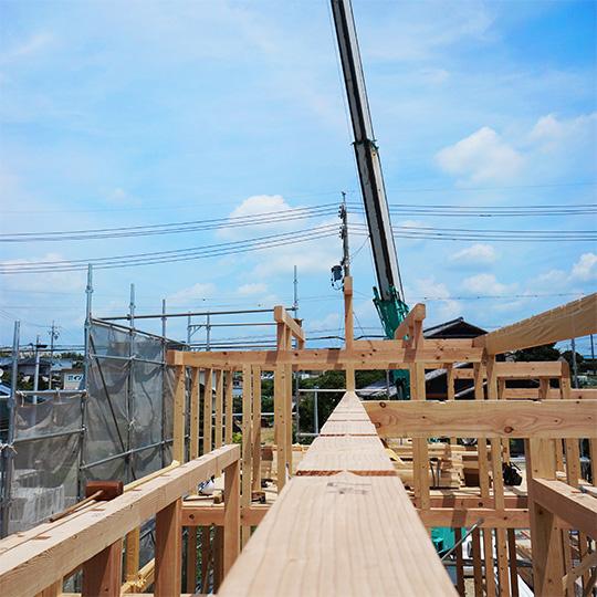 建方中の写真