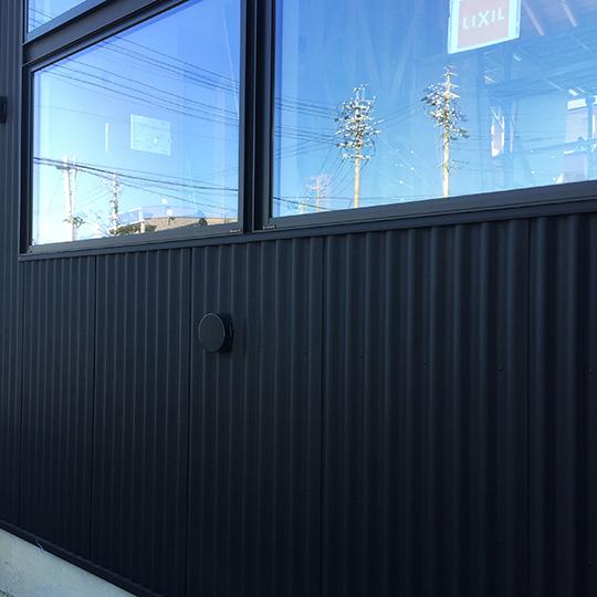 Low-Eガラスを使用した住宅の窓