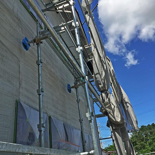 左官仕上げの外壁|そとん壁の下塗りの写真
