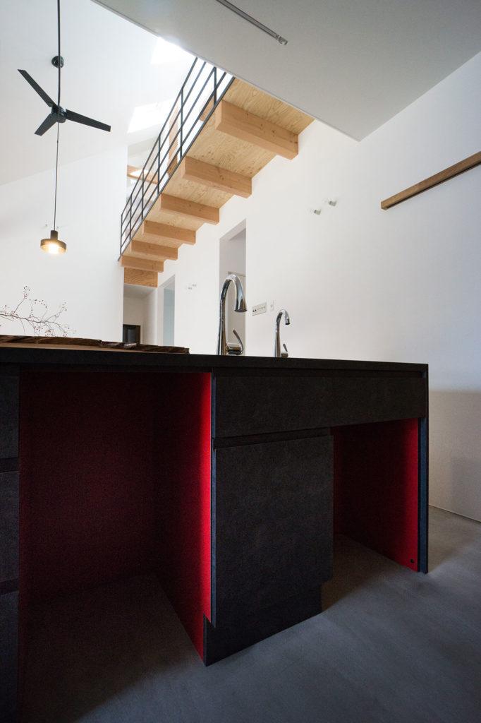 プリマヴェーラの造作キッチンの写真